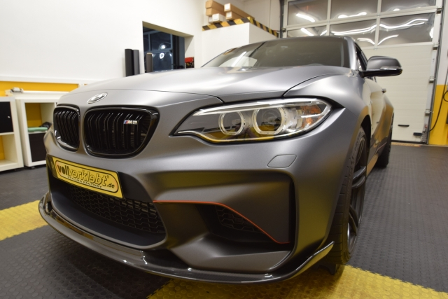 BMW M2 in mattgrau