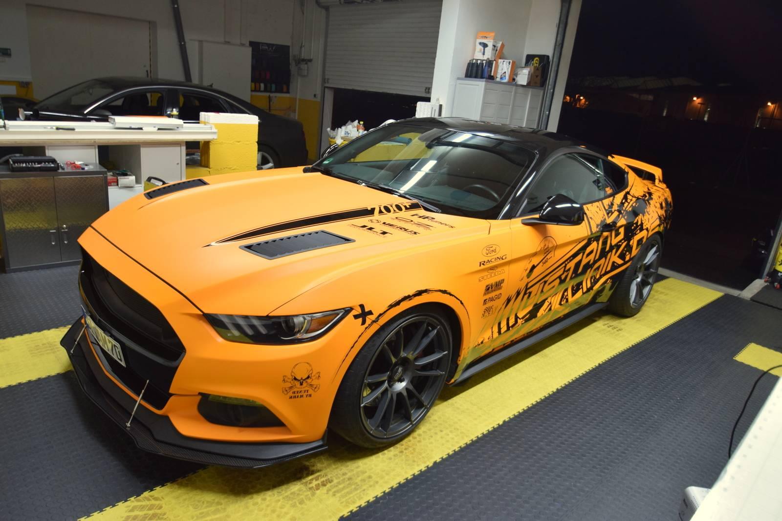 Mustang orange matt